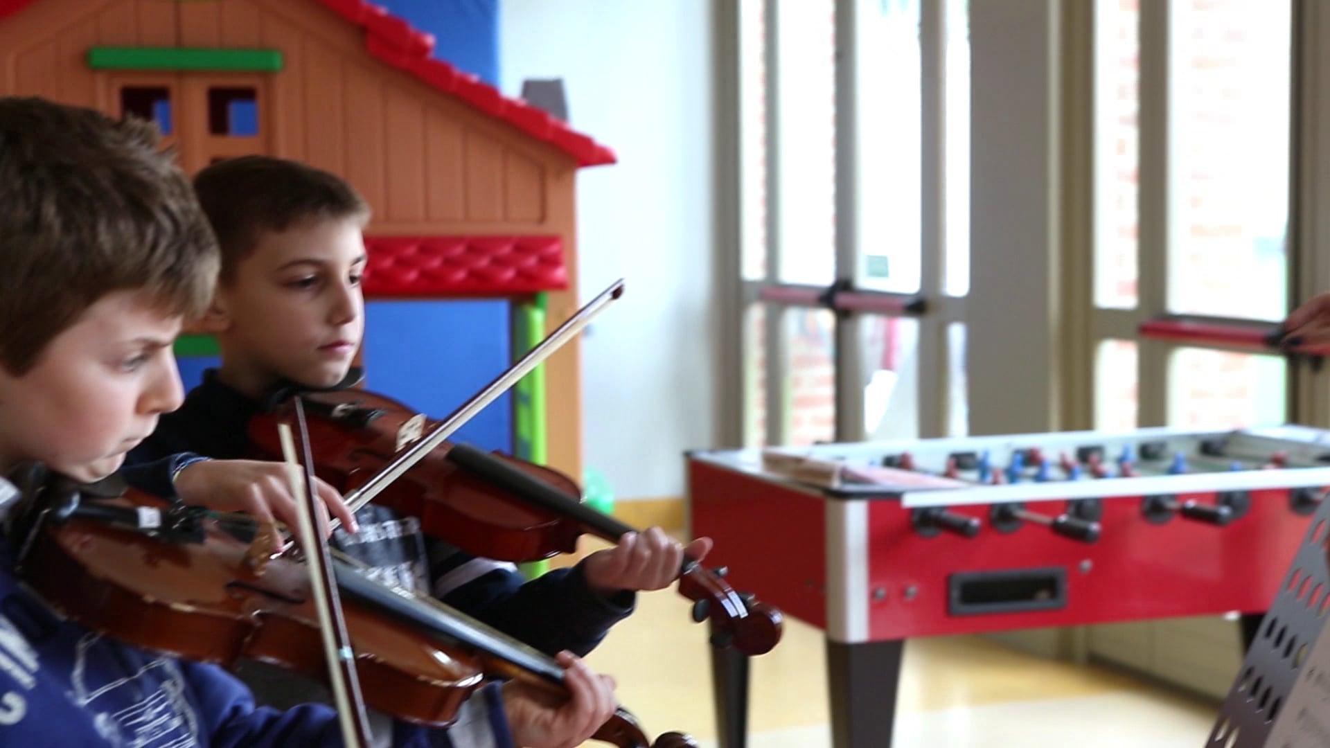 """Corsi di musica nella Scuola Primaria e Laboratori """"Il mio corpo m'insegna la musica"""""""