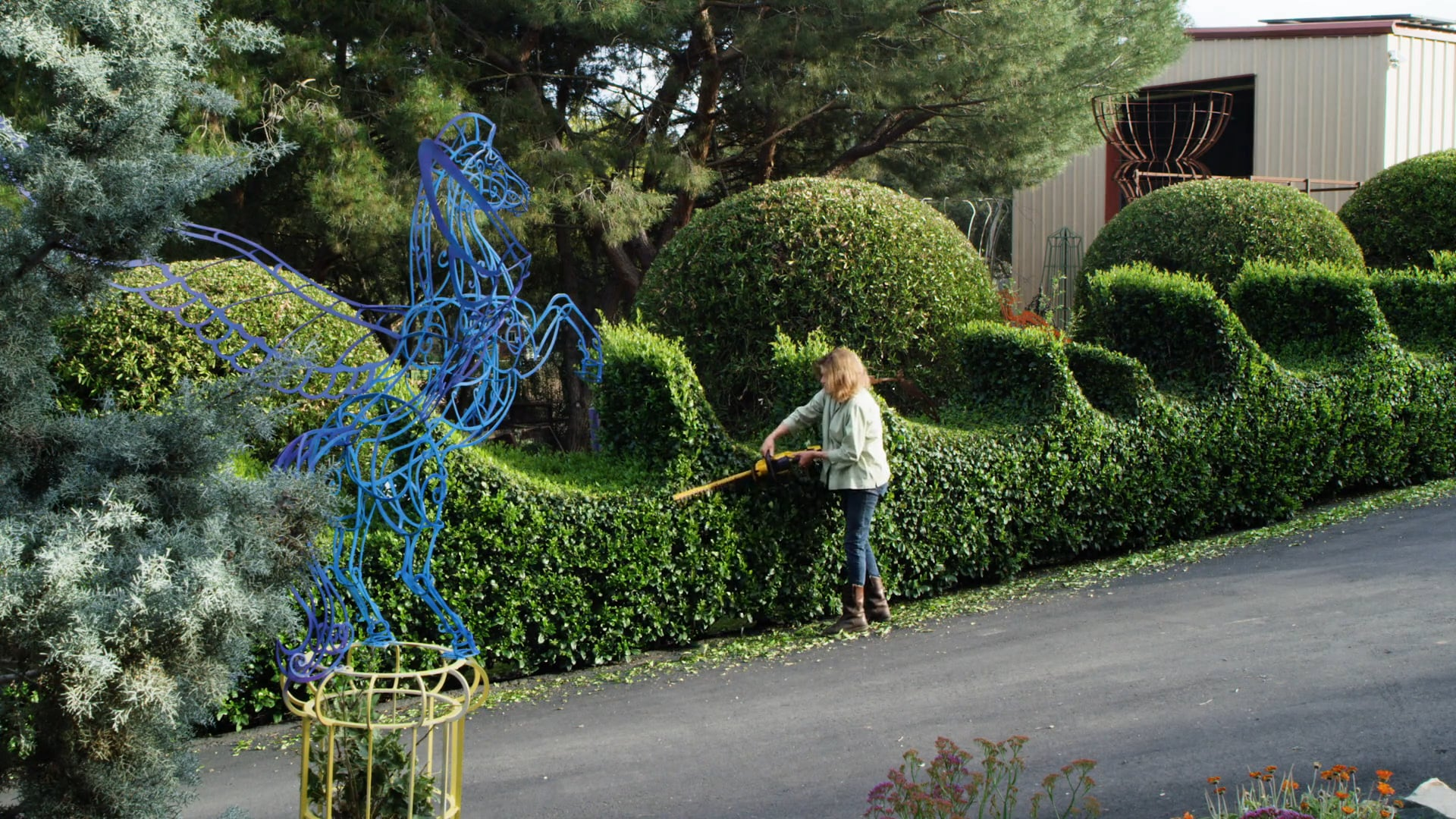 Day in the Life of a Topiary Artist