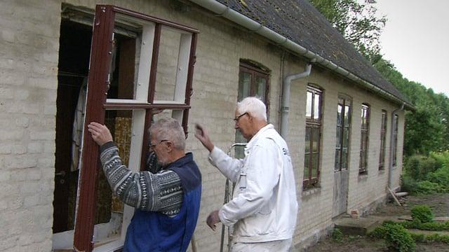 04. Stuehuset restaureres 2011-2017, 5 min