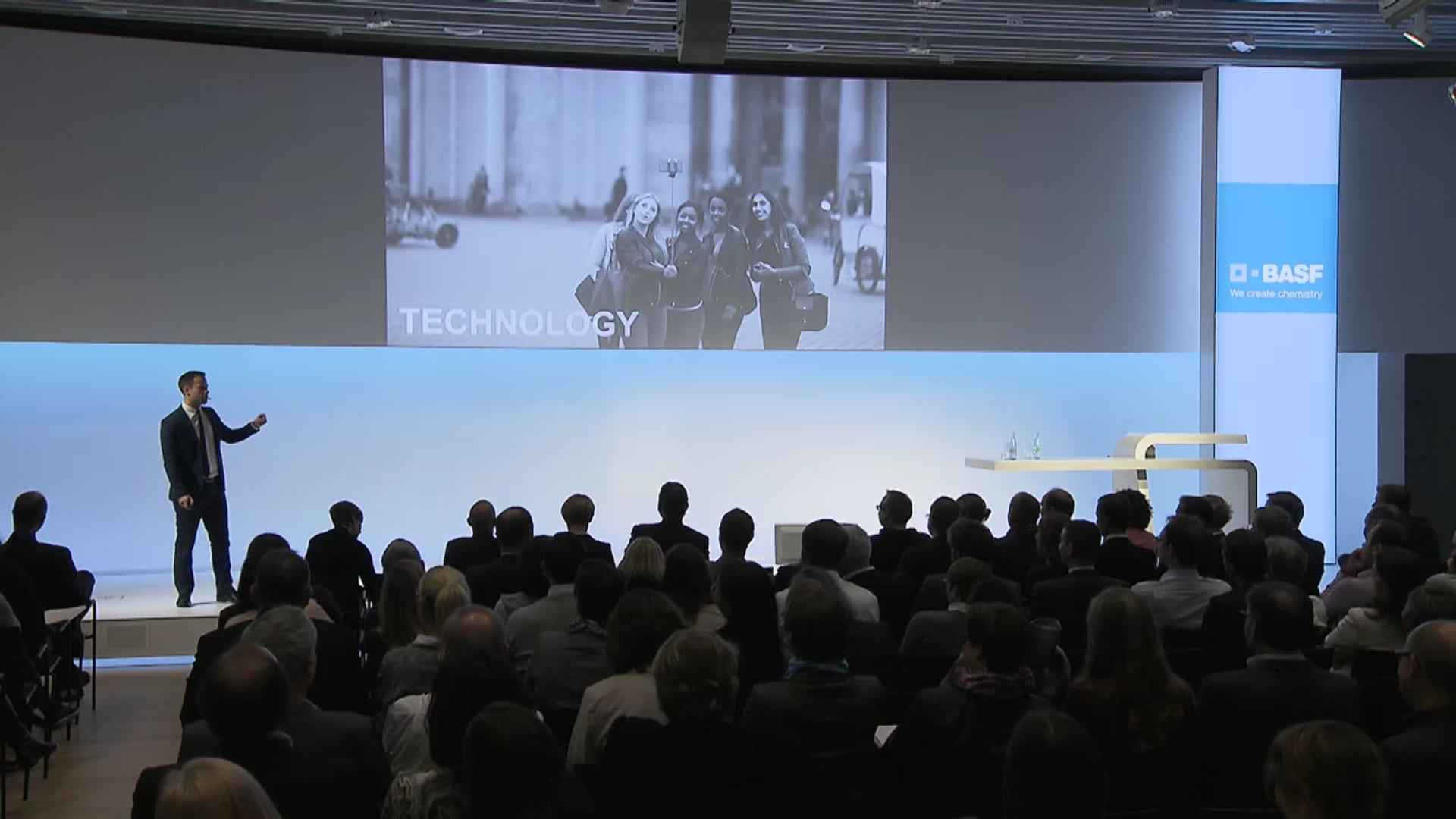 Christoph Burkhardt > Unlock Diversity for Innovation
