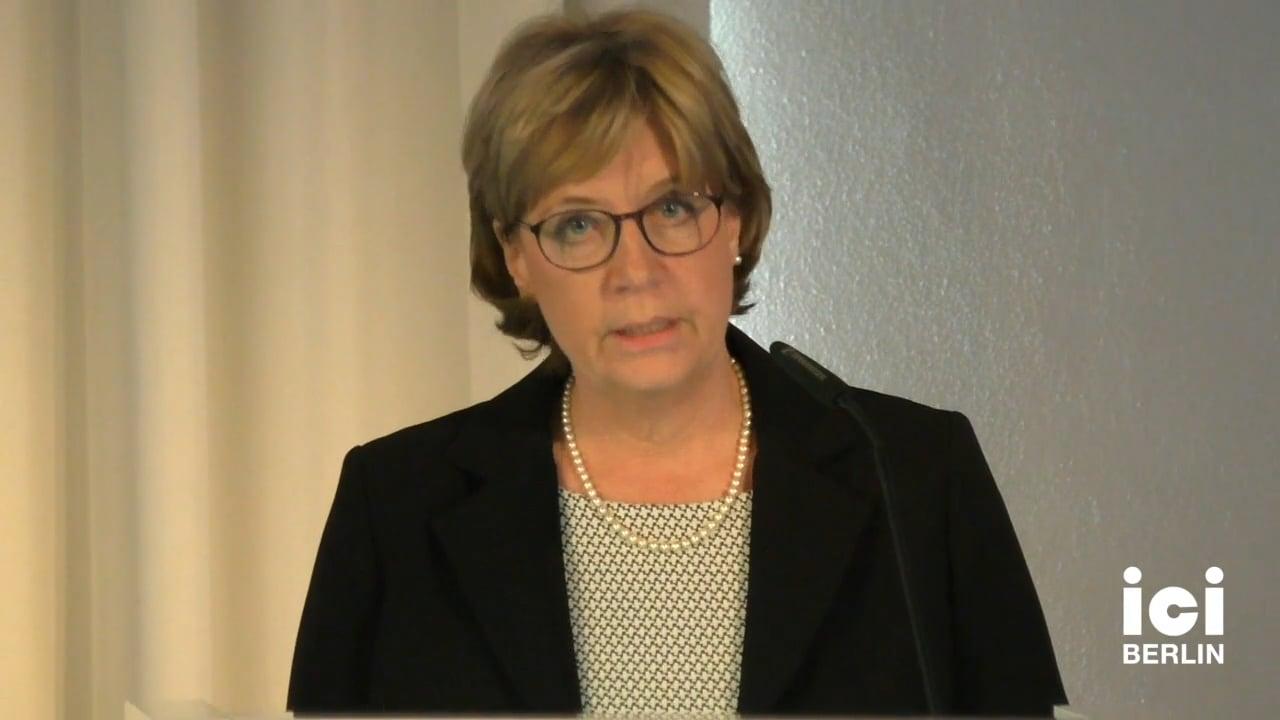 Introduction by Birgitt Röttger-Rössler