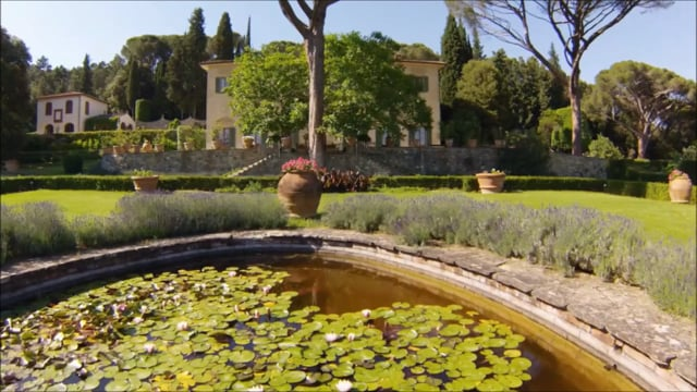 Beautiful villa with swimming pool close to Florence