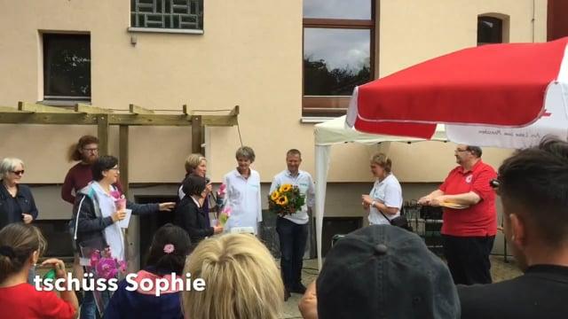 Sommerfest 2017 mit Lehrte hilft - Sophie und Carina