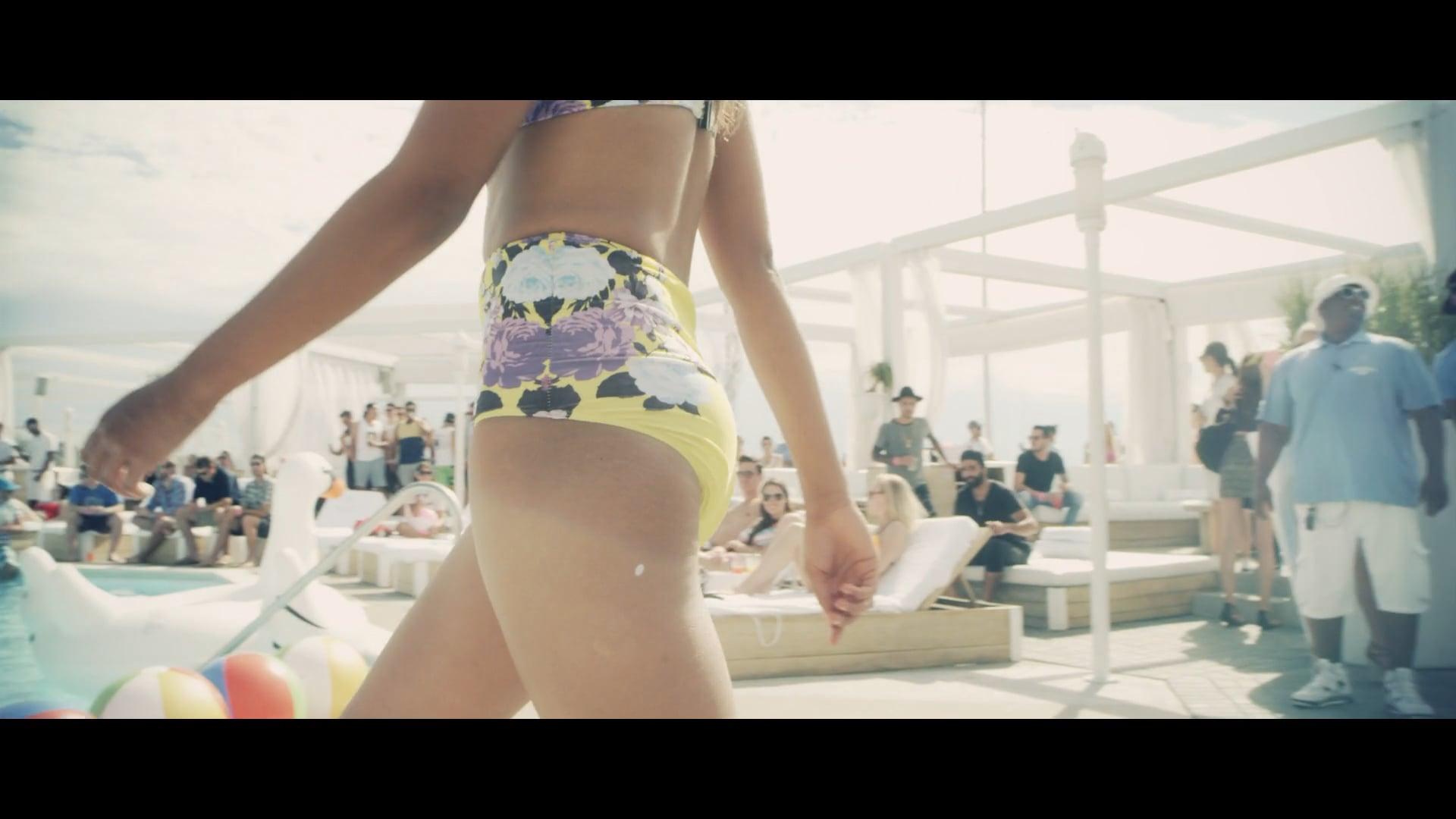 Cabana Pool Bar - Fitness Fashion Show