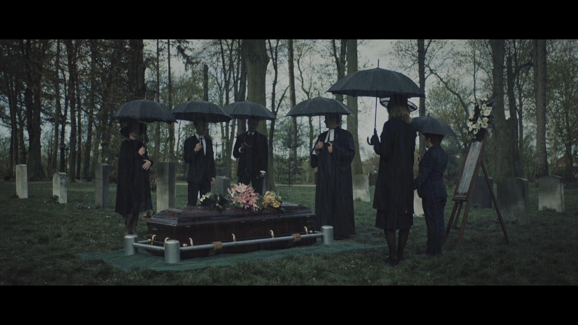 BANK CLER - Funeral