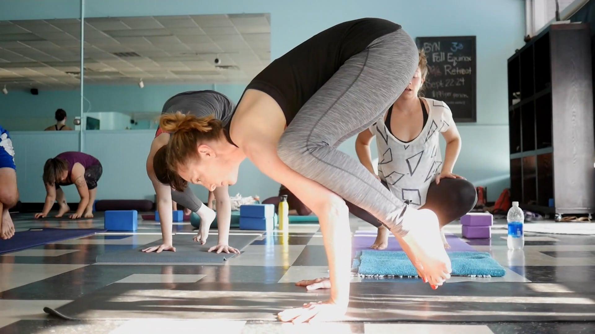 Blue Yoga Nyla