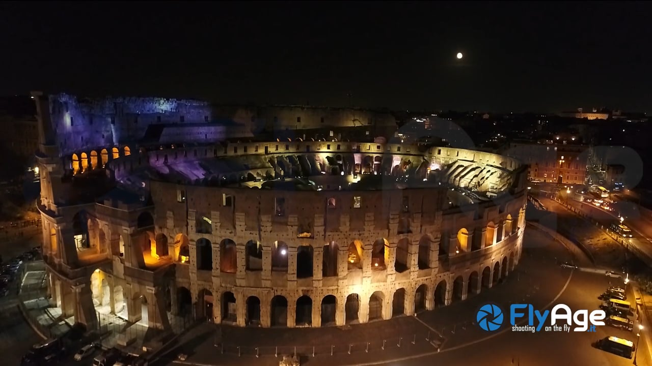 RomA Fly Age in Rome by Night