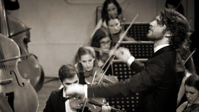 Lorenzo Viotti & Orchestra Accademia for Classic Voice