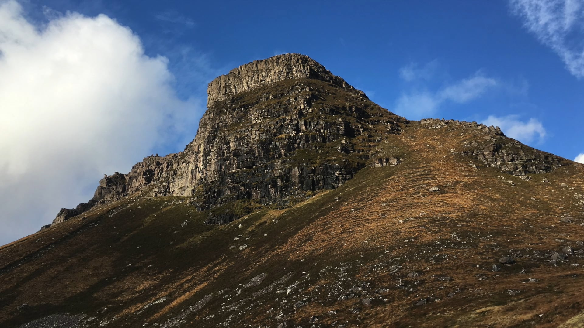 Stac Pollaidh Scotland: the ascent by mountain men