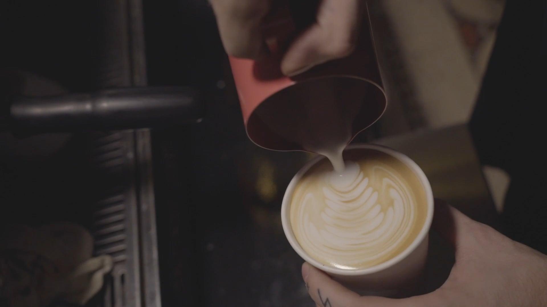 Traffic Coffee Club / Jesse Lewin