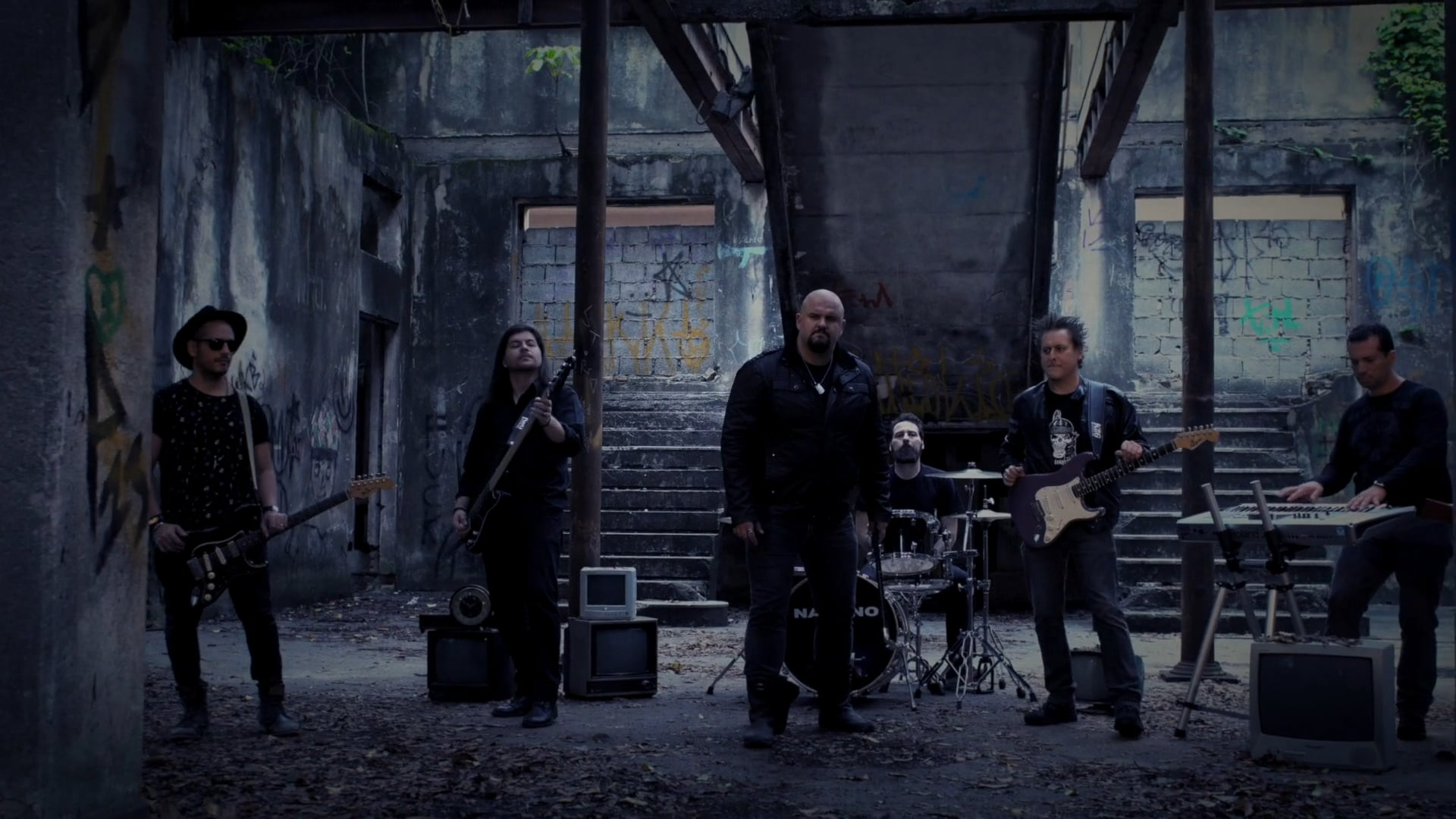 PAD - ESTRANHO MUNDO NOVO - VIDEO CLIPE (FINAL HD)