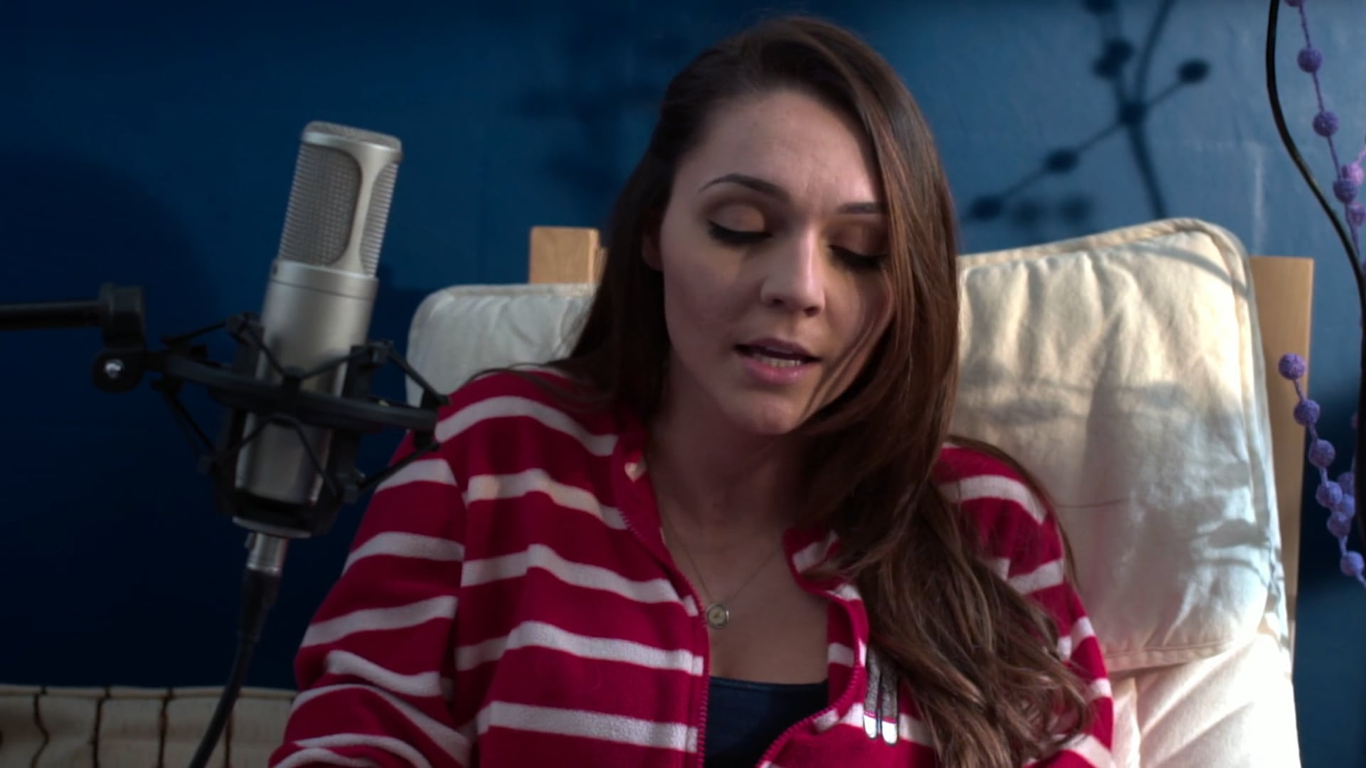 Lara Basakinci | Music Video