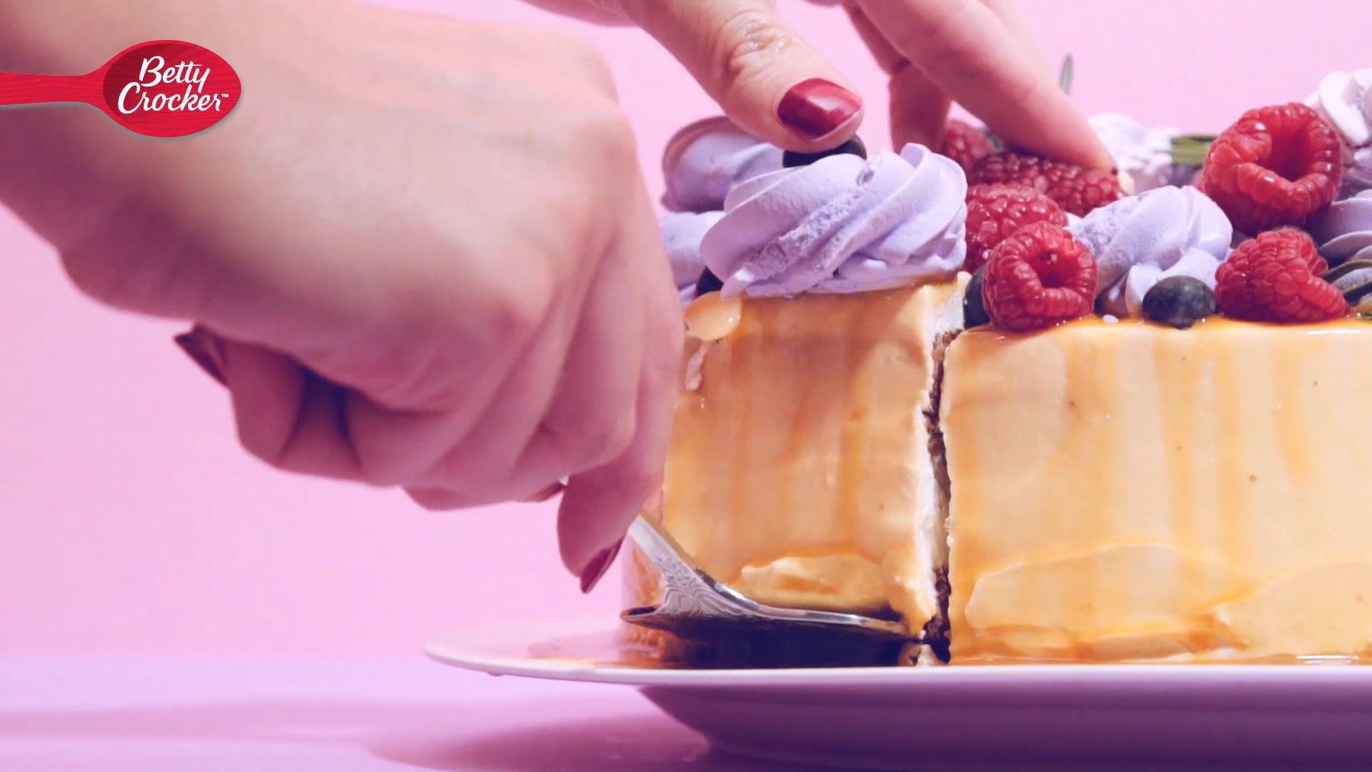 Betty Crocker Valentines Cake Animation