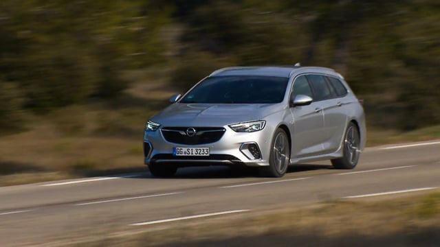 Insignia GSi Sports Tourer On location Provence Footage