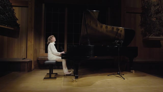 Anne-Marie McDermott plays J.S. Bach: English Suite No. 2 - Prelude