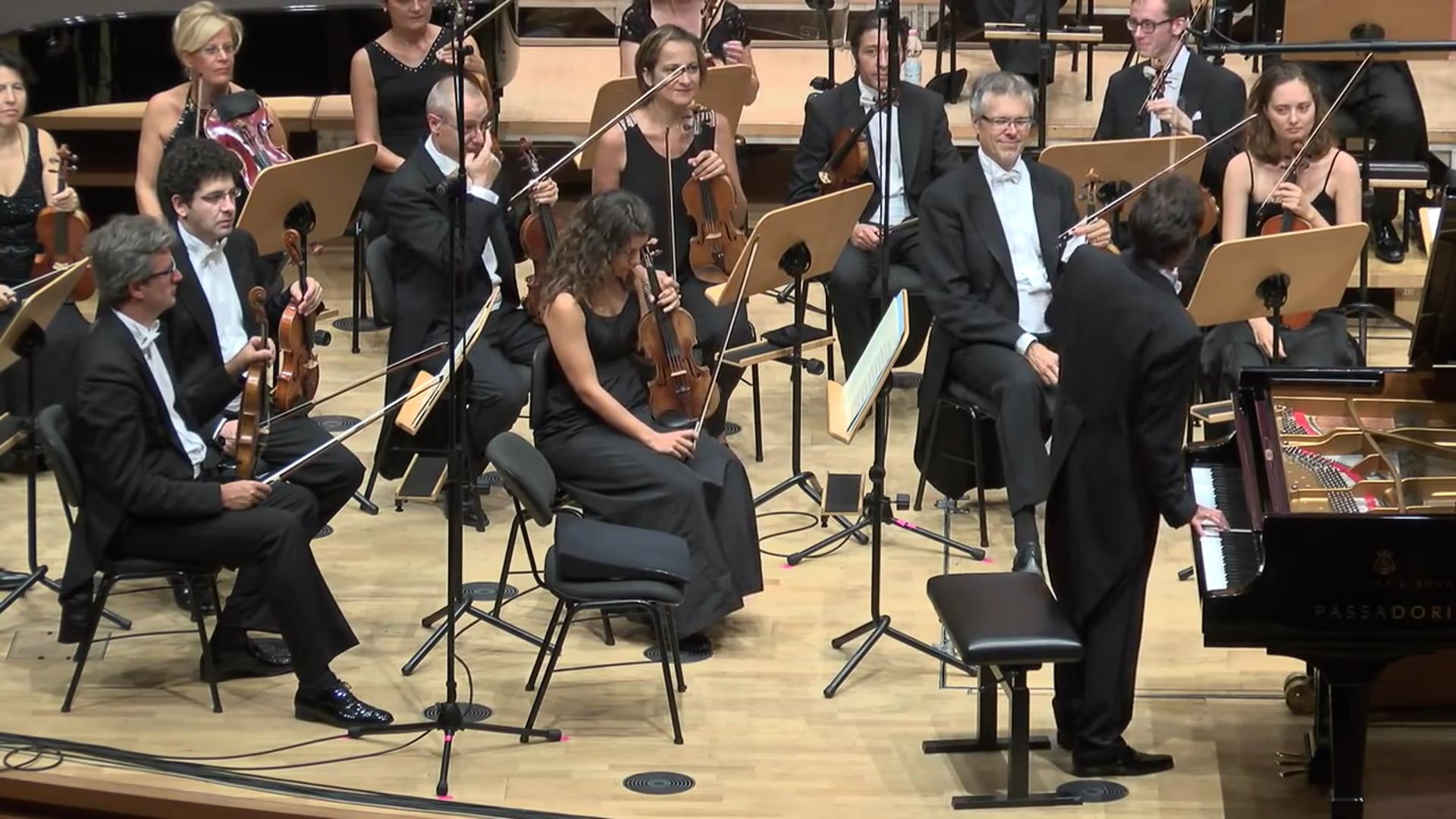 Chloe (Ji-Yeong) Mun - 1st Final Round w Orchestra - 60th F. Busoni International Piano Competition