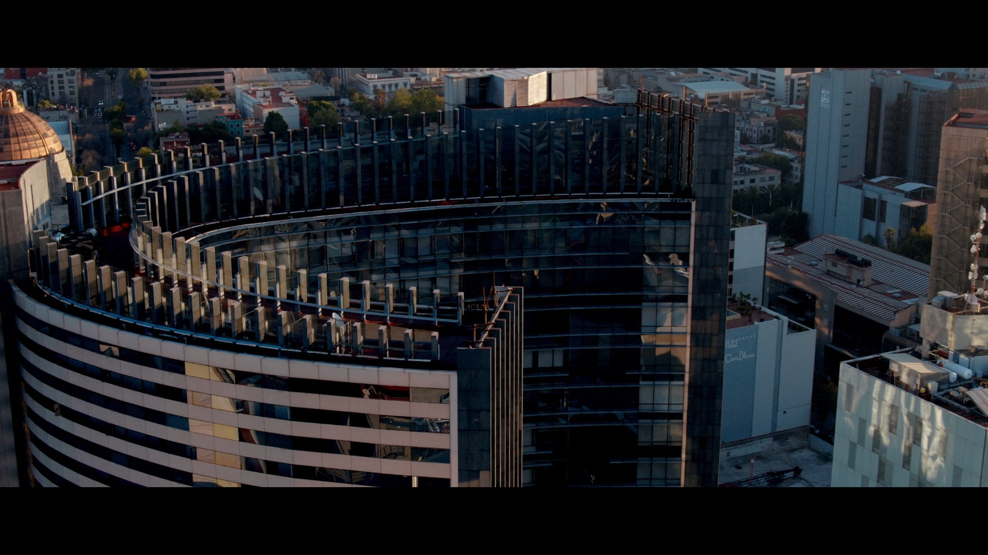 Under Armour - Lifts You Up (Director's Cut)