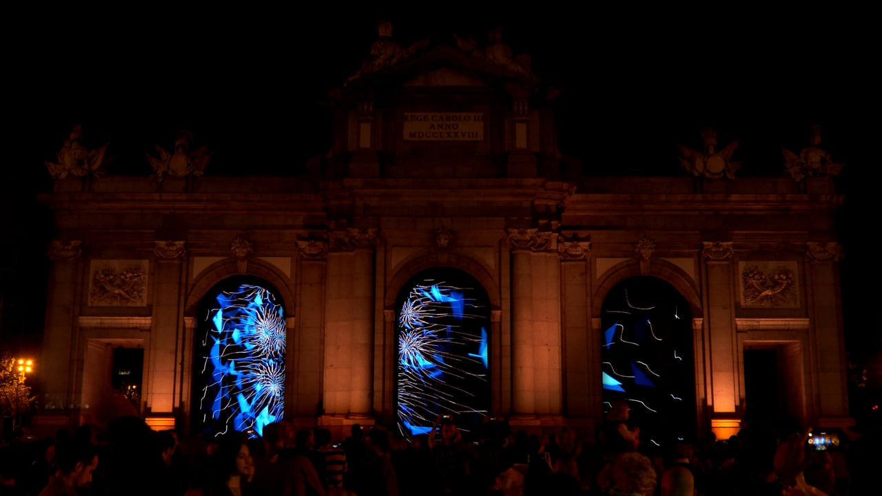 Voronoi_episodio 01 - Luna de Octubre - Puerta de Alcalá Madrid
