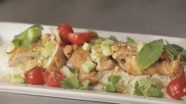 Édes, chilis és gyömbéres csirke szójaszószban recept