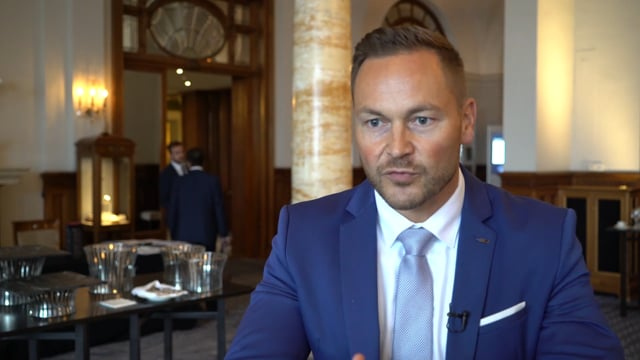 Elite Summit - David Schäfer from Munich Private Equity Partners GmbH on the one-to-one meetings