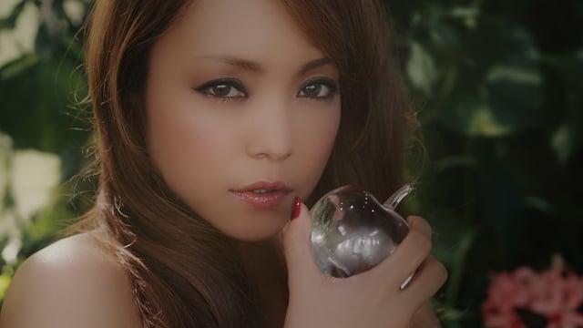 安室奈美恵 Neonlight Lipstick MV