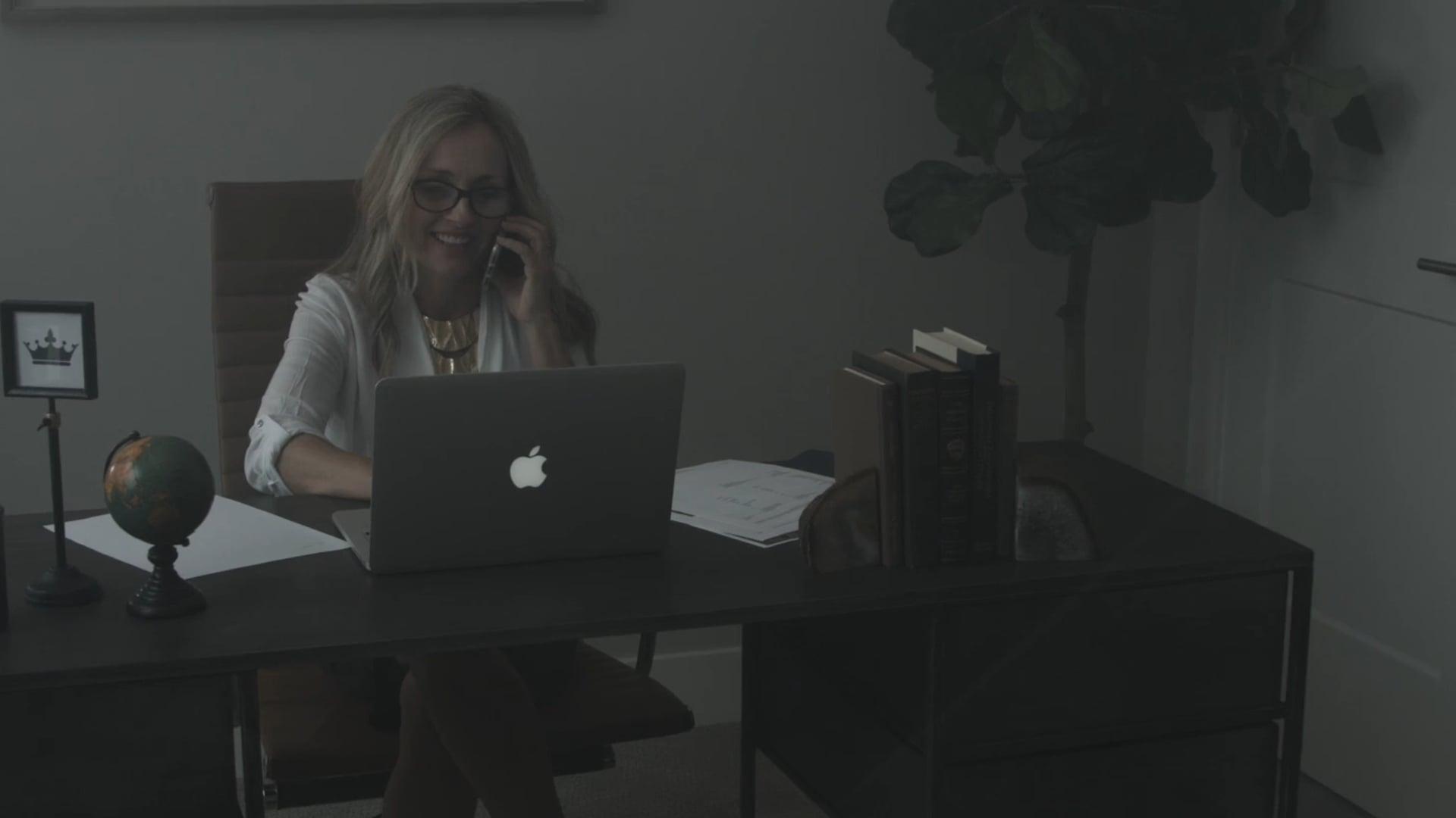 Lisa Mehlhoff Real Estate Agent Promo
