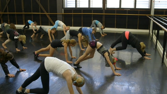 Teaching dance to primary students - eClass 1 - Jazz with Kate Ridge