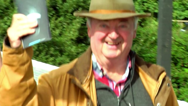 Play At Listowel Races..  video