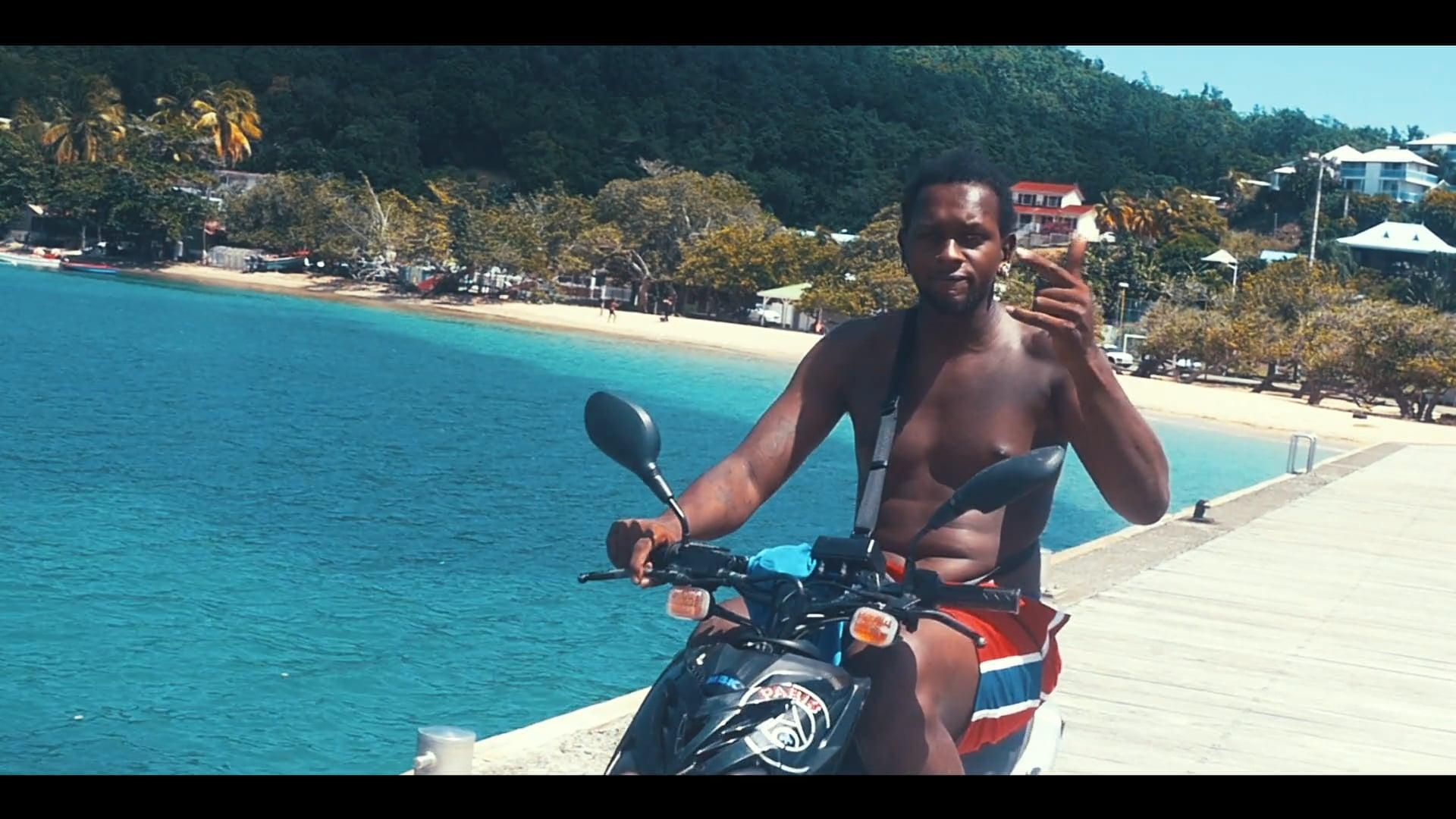 Street life - Tartane, Martinique (Volume. 2)