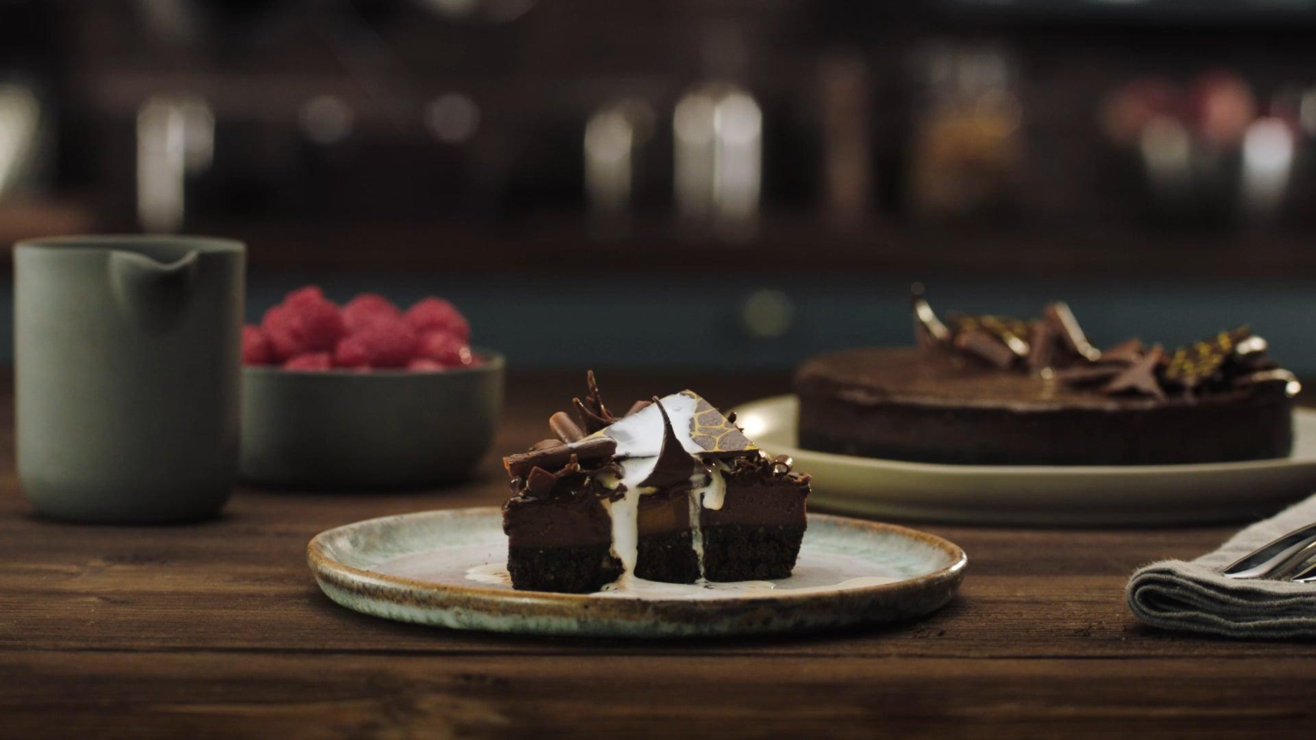 Tesco Finest - Caramel Chocolate Cheesecake
