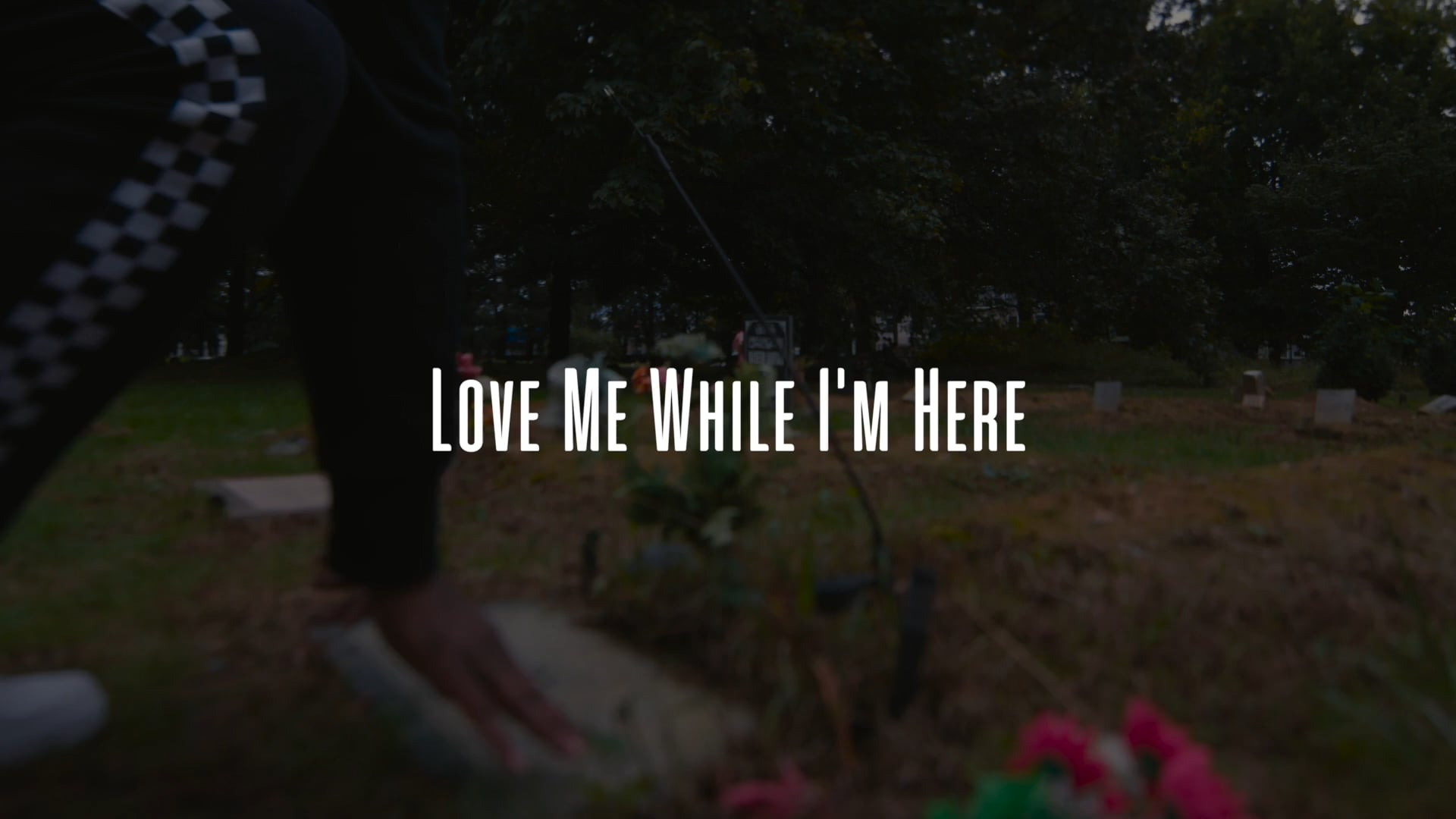 Bugsy - Love Me While I'm Here