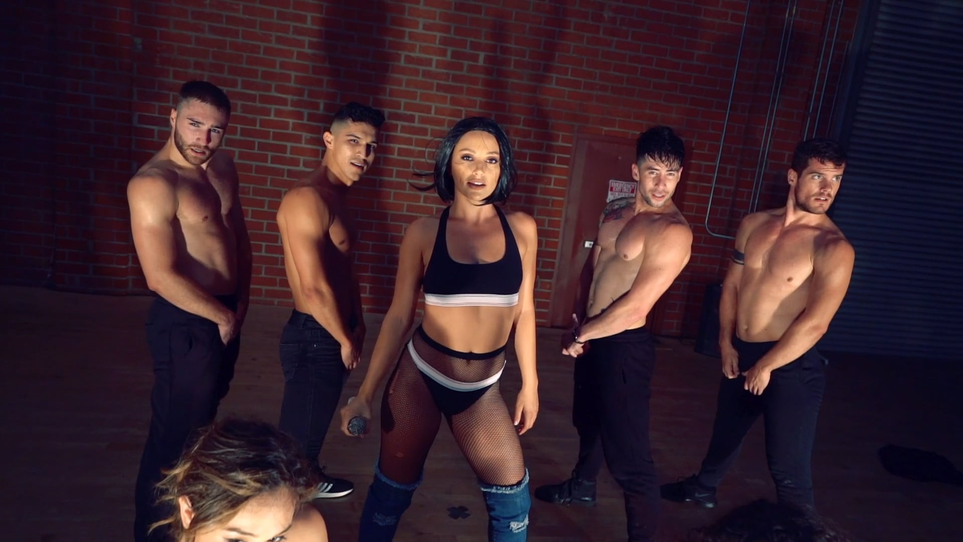 On set with NVF: Henrique Quos Choreography