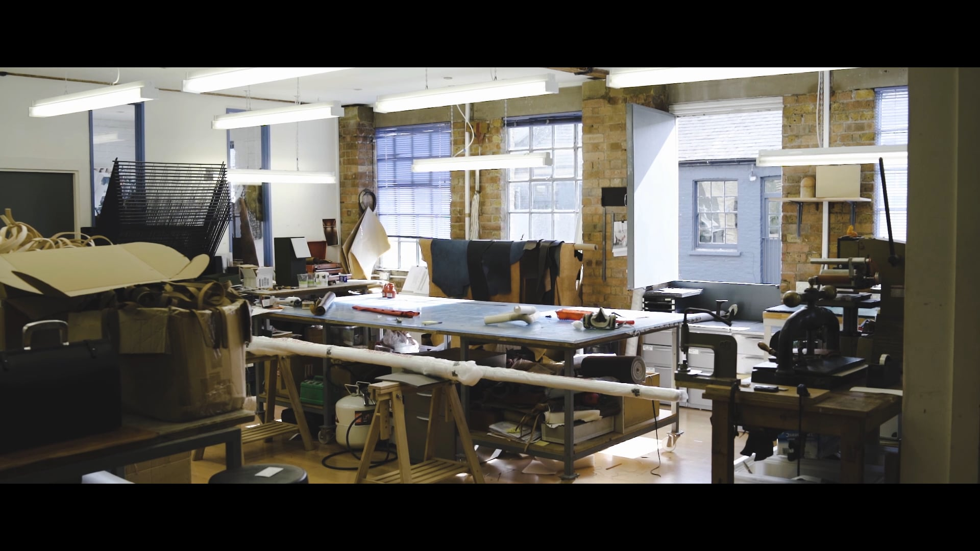 Bill Amberg - Leather Interior Designer