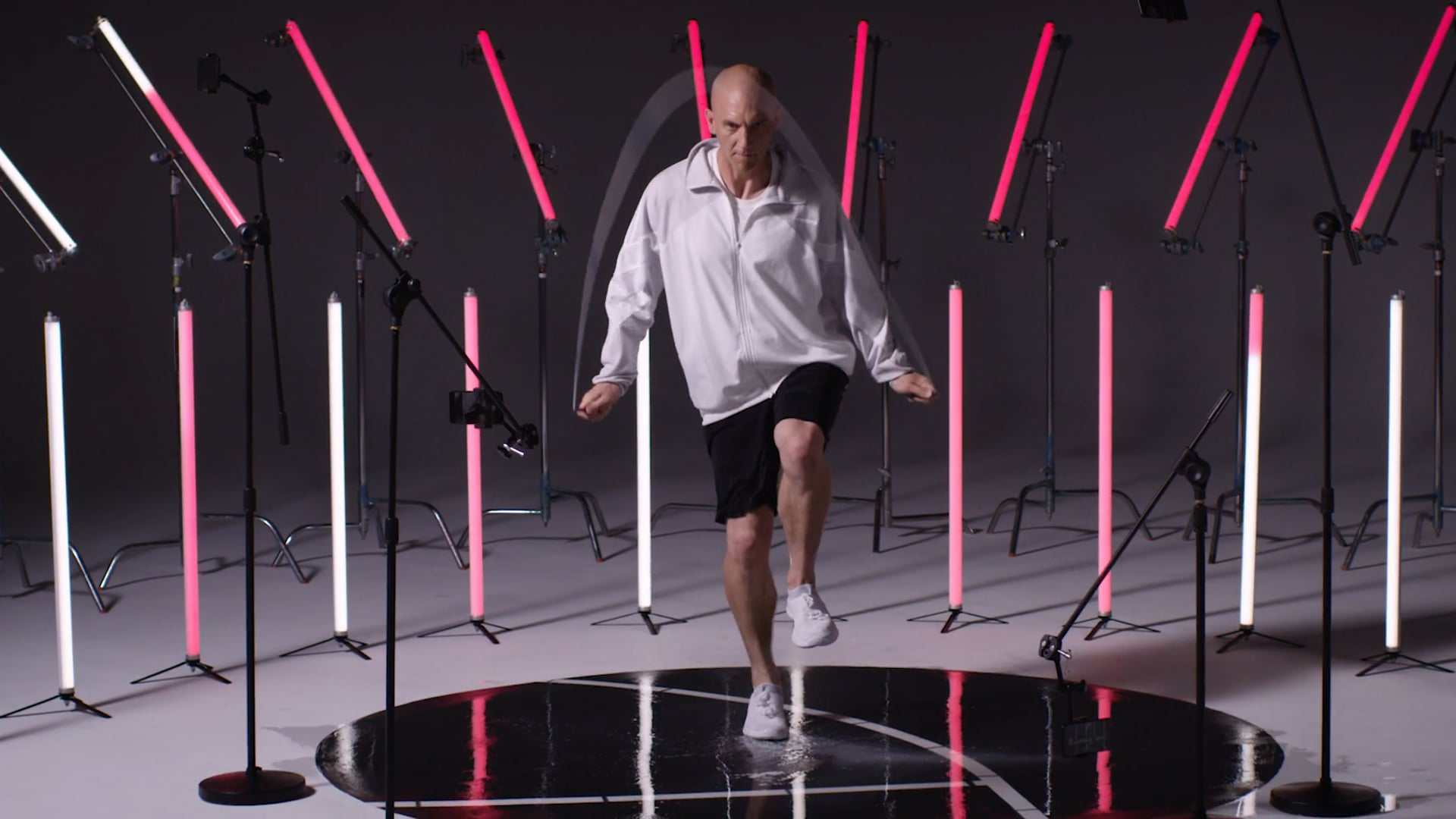 """OnePlus """"World's Fastest"""" Commercial: Peter"""