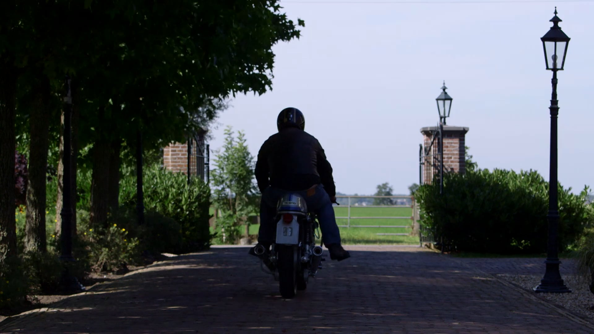 Back To Classics - Ducati Customs