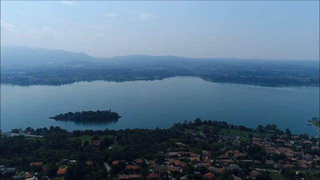 Unique lakefront villa