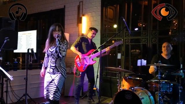 BANDA 2n1! Banda y karaoke 2en1. Más de 250 temas en repertorio.