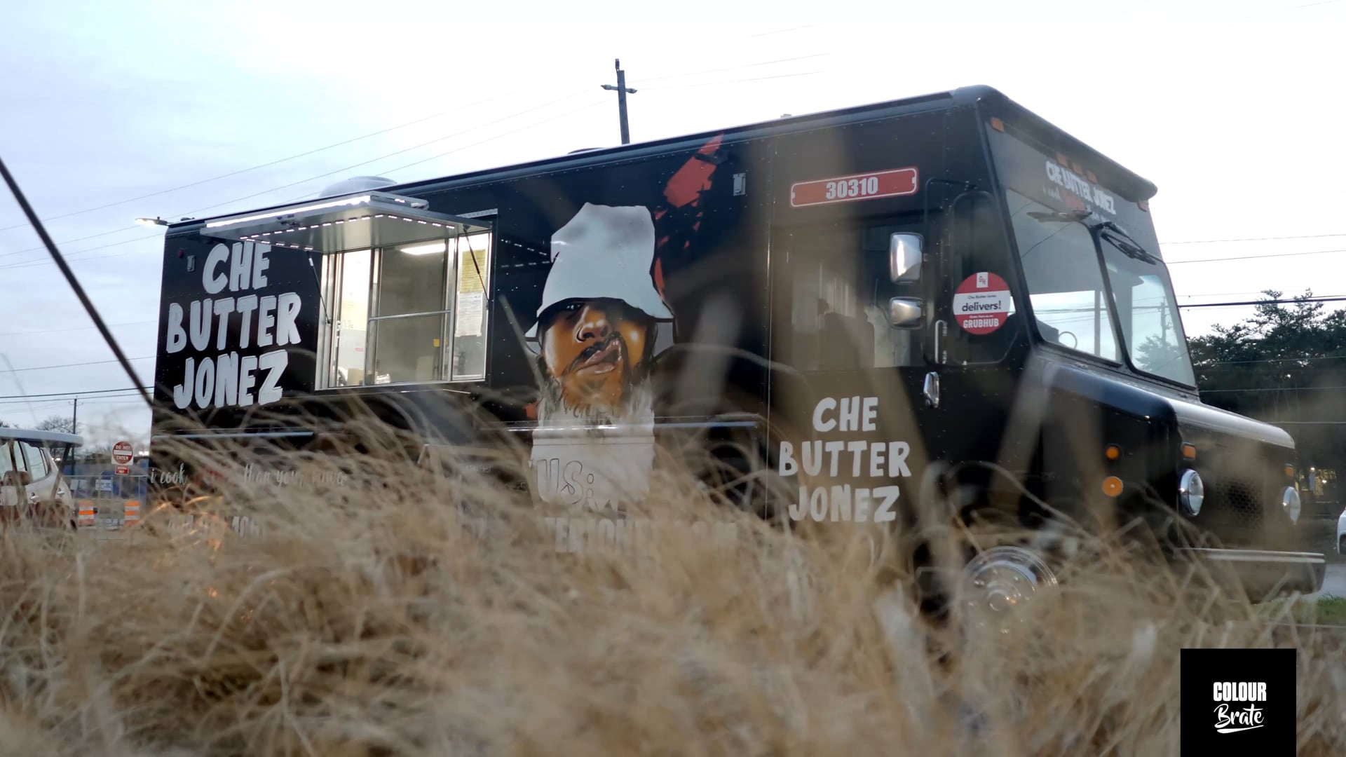 """From the Farm to the Block! Meet the Food Truck w/a """"Refined Ratchet"""" Menu!"""
