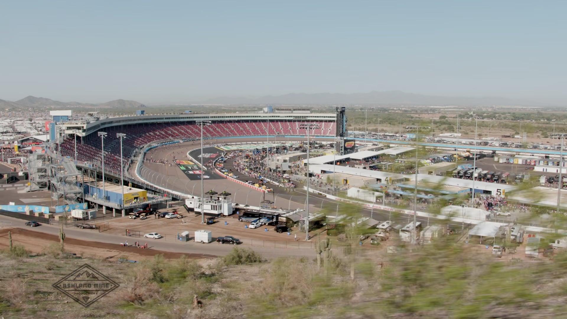 Cam-Motion Labs Nascar Race