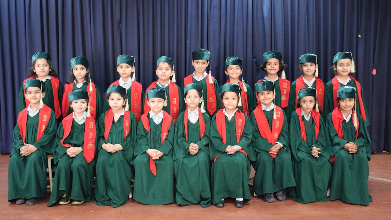 AIS Montessori Class of 2019 (F-8 Campus) - Montage