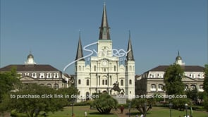 222 Tilt from horse carriages to Jackson square Cathedral french quarter