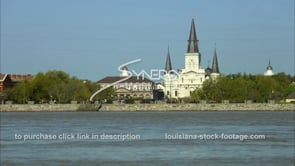 224 WS tilt Mississippi river to Jackson square french quarter