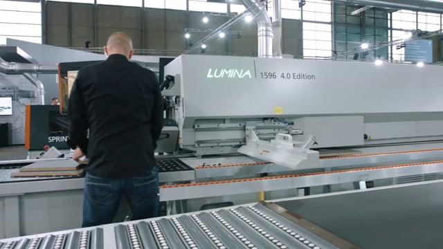 Edge banding machine Lumina industry - digitalisation combined with zero joints