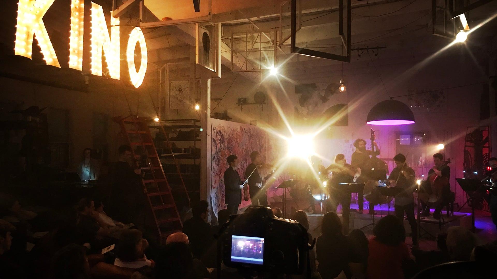 collectif9 - Night of the Flying Horses - 08 - Lúa Descolorida (Osvaldo Golijov)