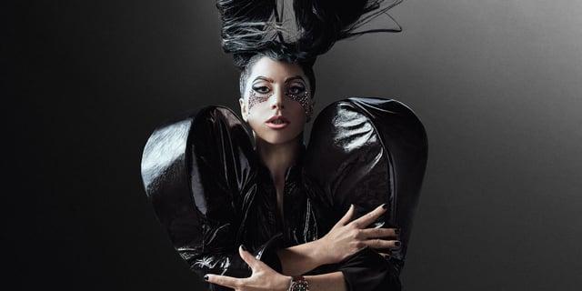 Lady Gaga // Behind The Scenes #BornToDare