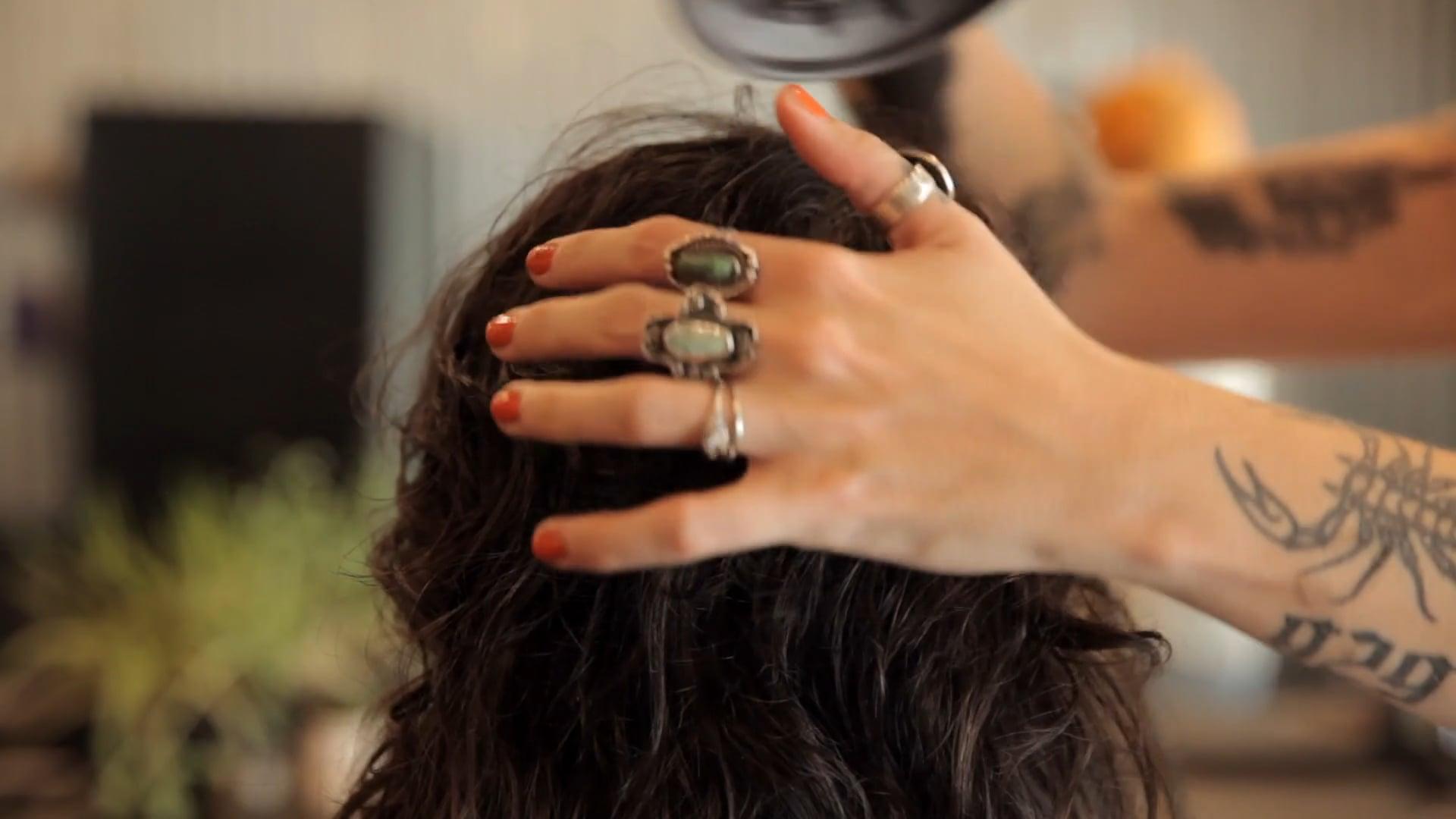 ELYSIA- hairdresser