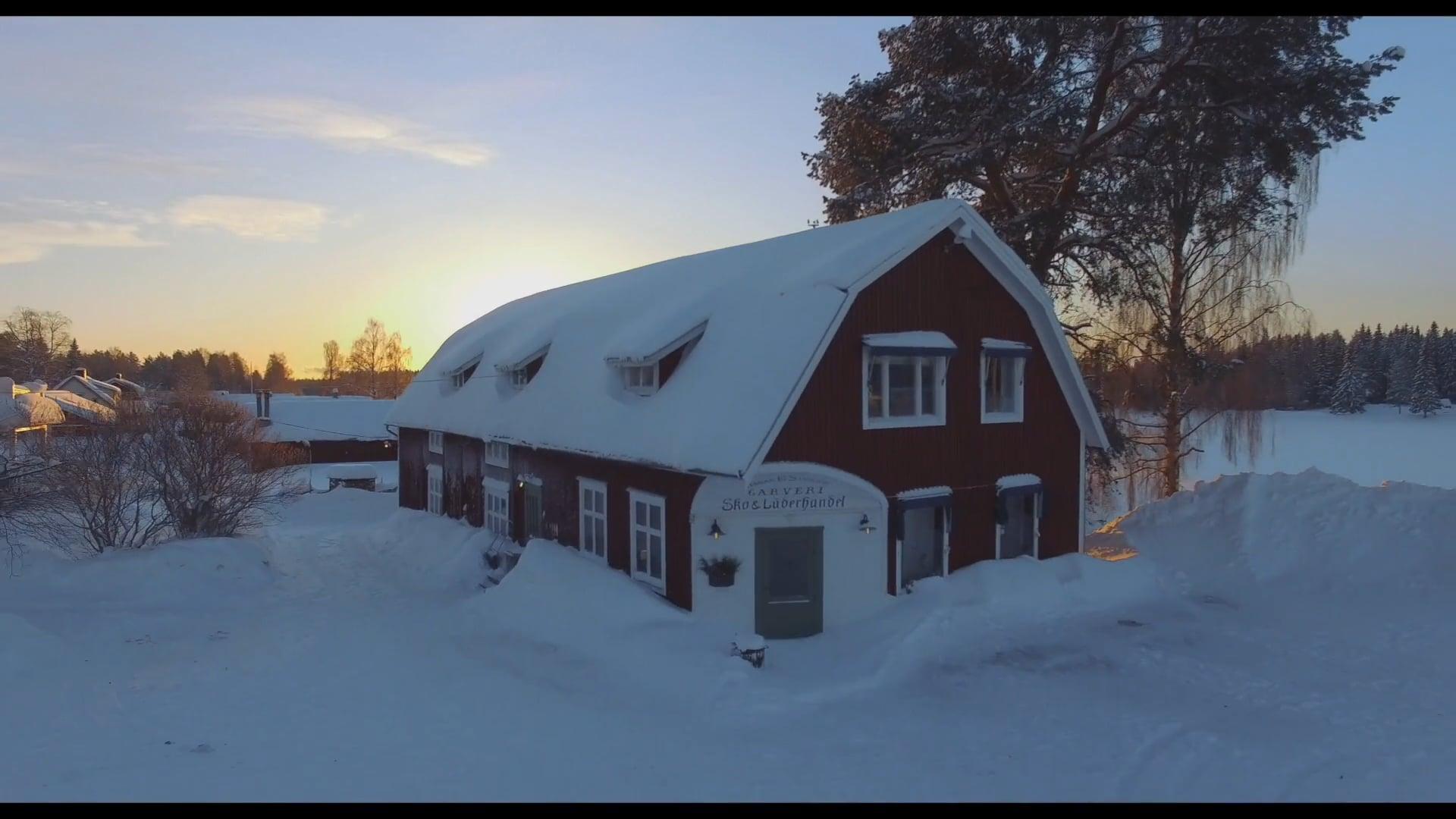 DRONE-OPS – Bande annonce du reportage fait en Suède pour GREEN DOOR STORIES