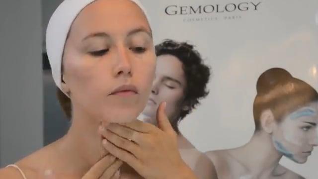 Drėkinamasis veido kremas su opalo ekstraktu