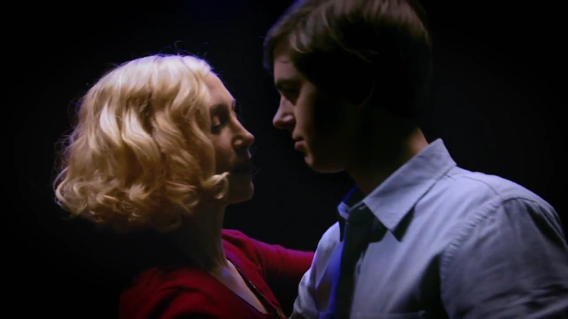 Bates Motel. Becoming Psycho Official Promo (Season 3)