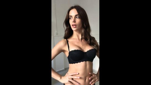 Polina Bespalko walking video